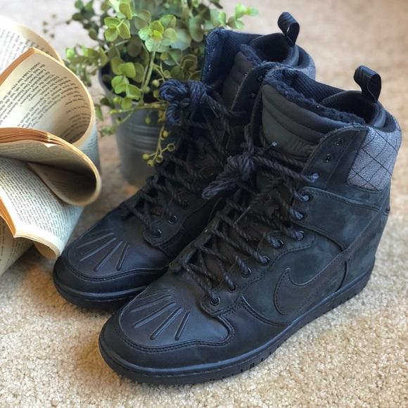 Nike Dunk Sky Hi Wedge Sneaker Boot. M 5b9734695c4452a25334ba54 4b8b61695b